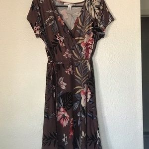Brown/Floral juniors wrap dress - Large